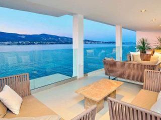 Alua Hawaii Mallorca & Suites salon vista mar