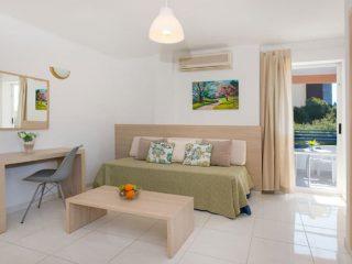 Apartamentos Cala Blanca Palmanova Salon Studio