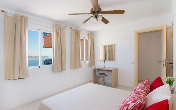 Apartamentos Cala Blanca Palmanova superior