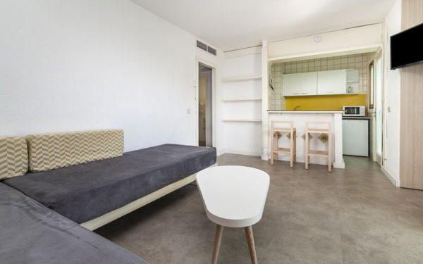 BH Mallorca Apartments living room
