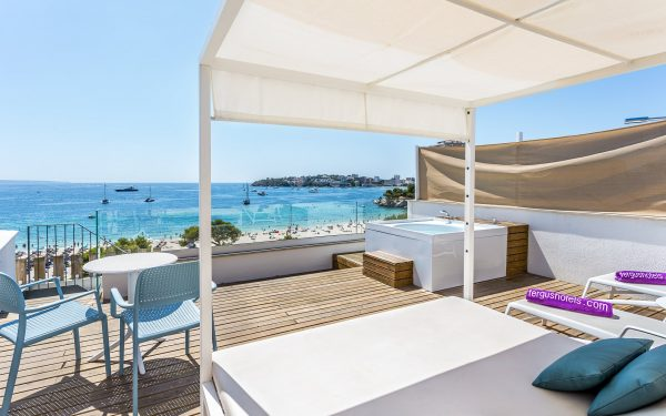 FERGUS Style Palmanova Suite rooftop