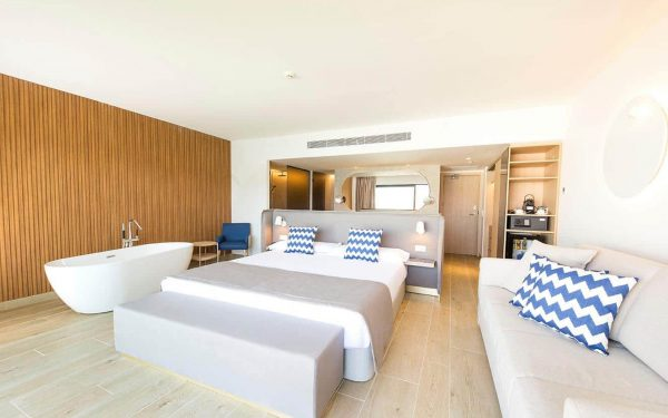 FERGUS Style Tobago suite