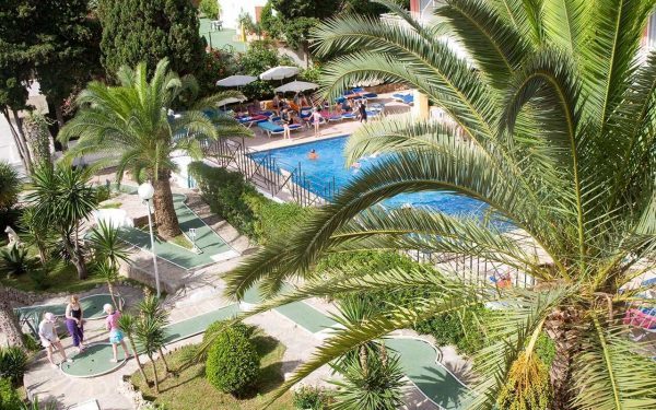 Gran Isla Trópico Playa minigolf palmanova