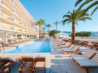 INNSIDE Cala Blanca by Melia Main pool