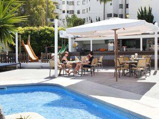 Roc Portonova Bar Apartments