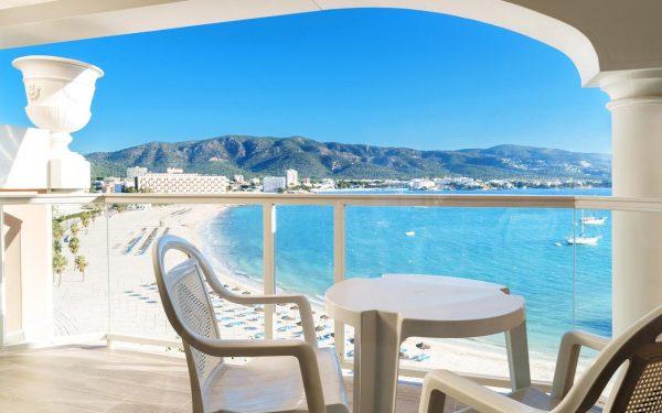 Seramar Comodoro Room sea view Palmanova