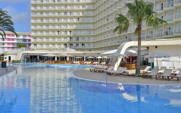 Sol Guadalupe main pool palmanova Magaluf
