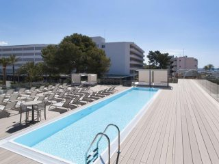 Sol House The Studio Magaluf pool
