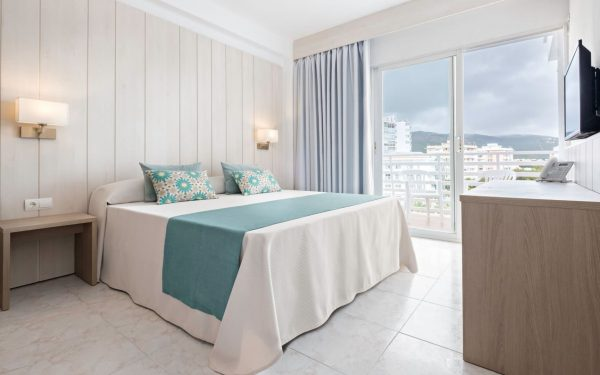 azuline hotel palmanova garden balcony room